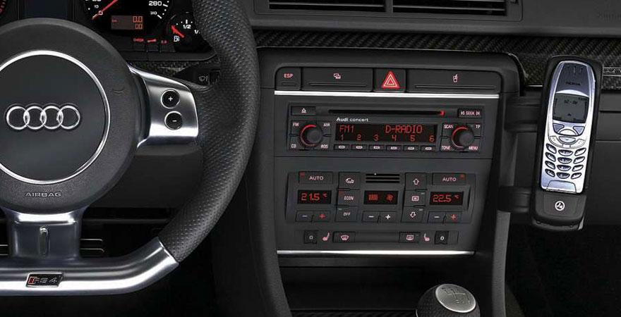 Audi a4 b7 2 din r di keret for Mueble 2 din audi a4