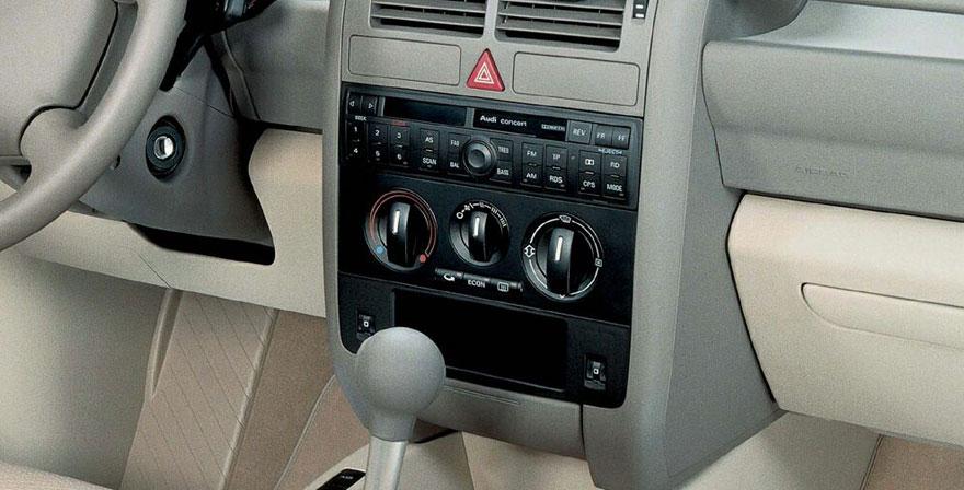 Audi A2, 1 DIN