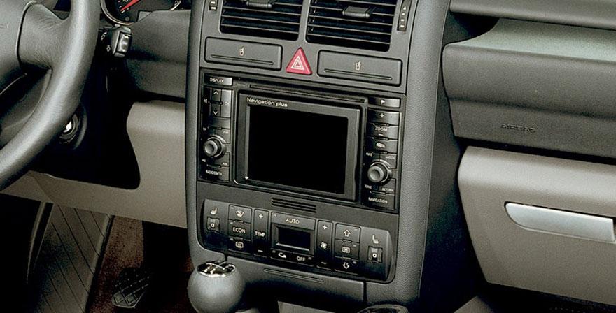 Audi A2, 2 DIN