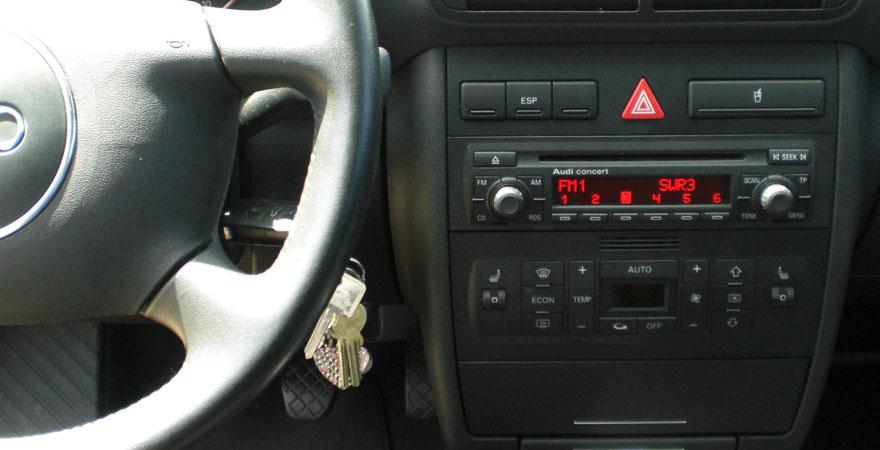 Audi A3, 1 DIN (2000-2003)