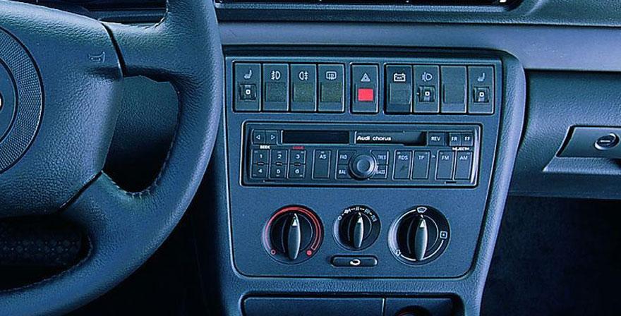 Audi A4, 1 DIN (1995-1999)