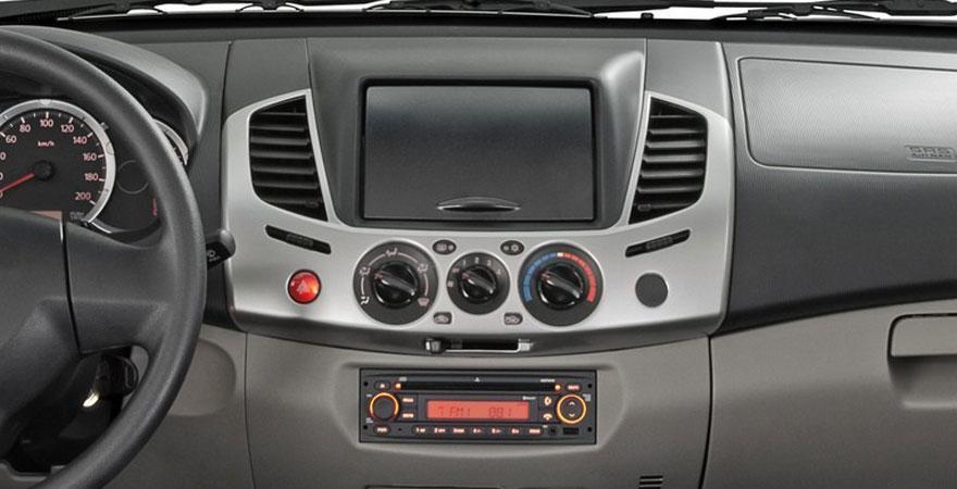 Mitsubishi L200 Kijelző nélkül